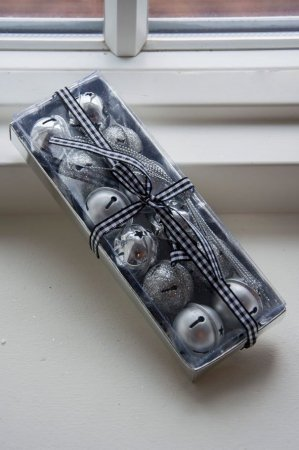 Bjælder i sølv. Sølvbjælder. Sølvklokker. Klokker i sølv. Julebjælder. Juleklokker.