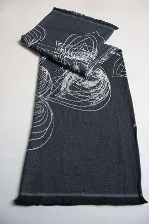 Plaid - sort bomulds tæppe med hvidt mønster