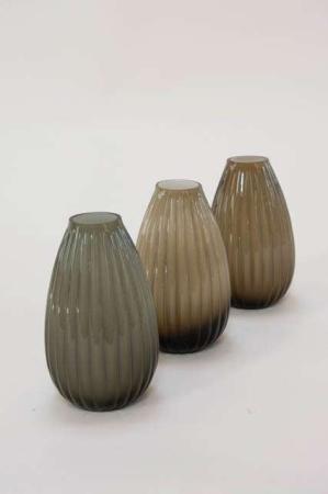 Vase i grålige nuancer - Vase i glas - Vase med riller