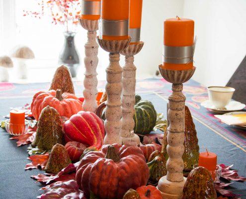Efterårs borddekoration med græskar