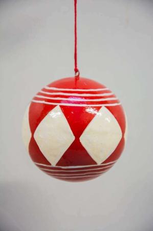 Juletræspynt - Rød juletræskugle med ruder fra ib laursen