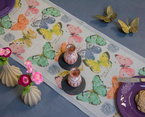Økologisk bordløber med sommerfugle fra Ekelund