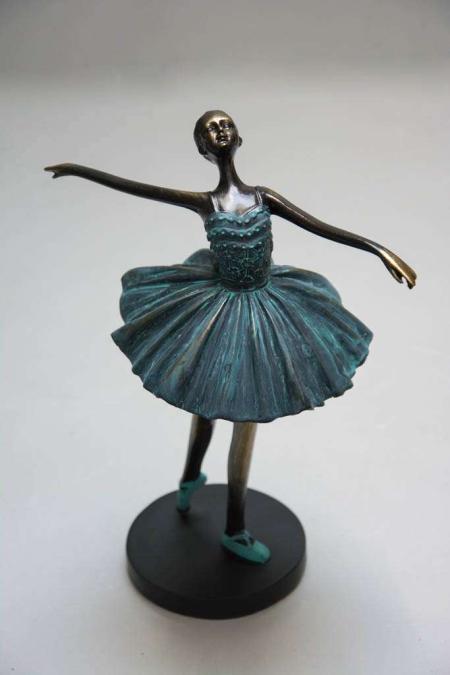 Grace ballerina figur med bronze look