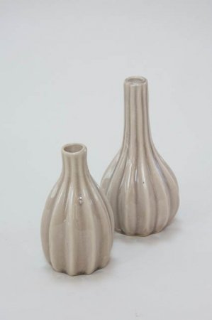Sandfarvet vase i keramik - Vase plisséret keramik