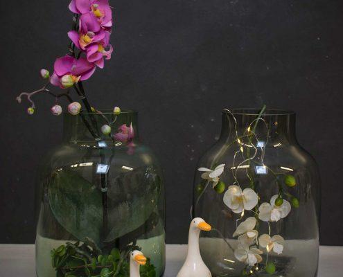 Vinter dekoration til hjemmet glasvaser med orkideer