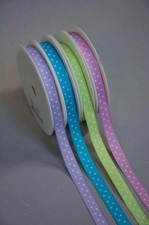 Pastel farvede pynte bånd med prikker