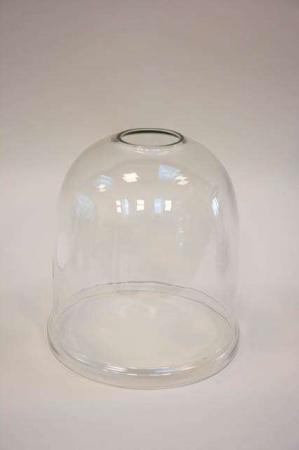Stor glasklokke med hul i toppen