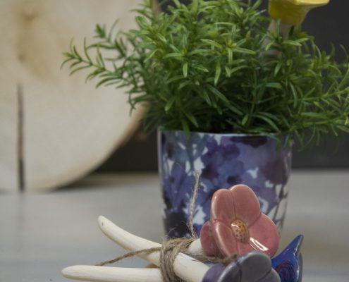 Værtindegave - Dekorative blomster på pind