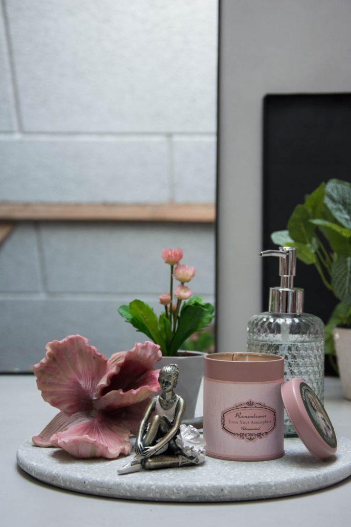 Badeværelses bakke med lille lyserød ballerina figur