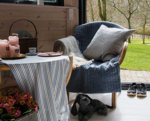 Lækre tæpper til terrassen og havemøblerne