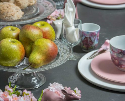 Lyserød påske brunch bordpynt