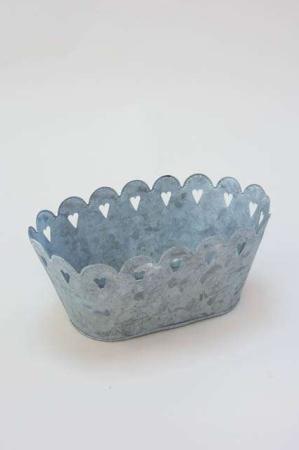 Potteskjuler i zink - Potteskjuler med hulmønster.