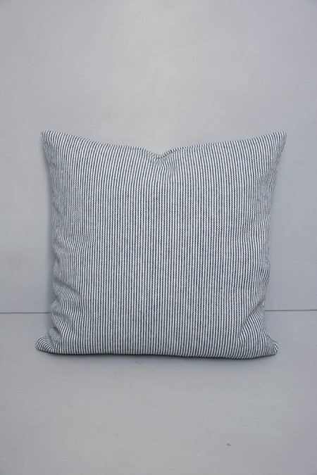 Blå stribet sofapuder - Ib Laursen puder