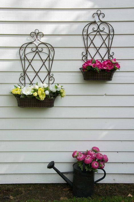 Blomsteropsats i jern til have dekoration