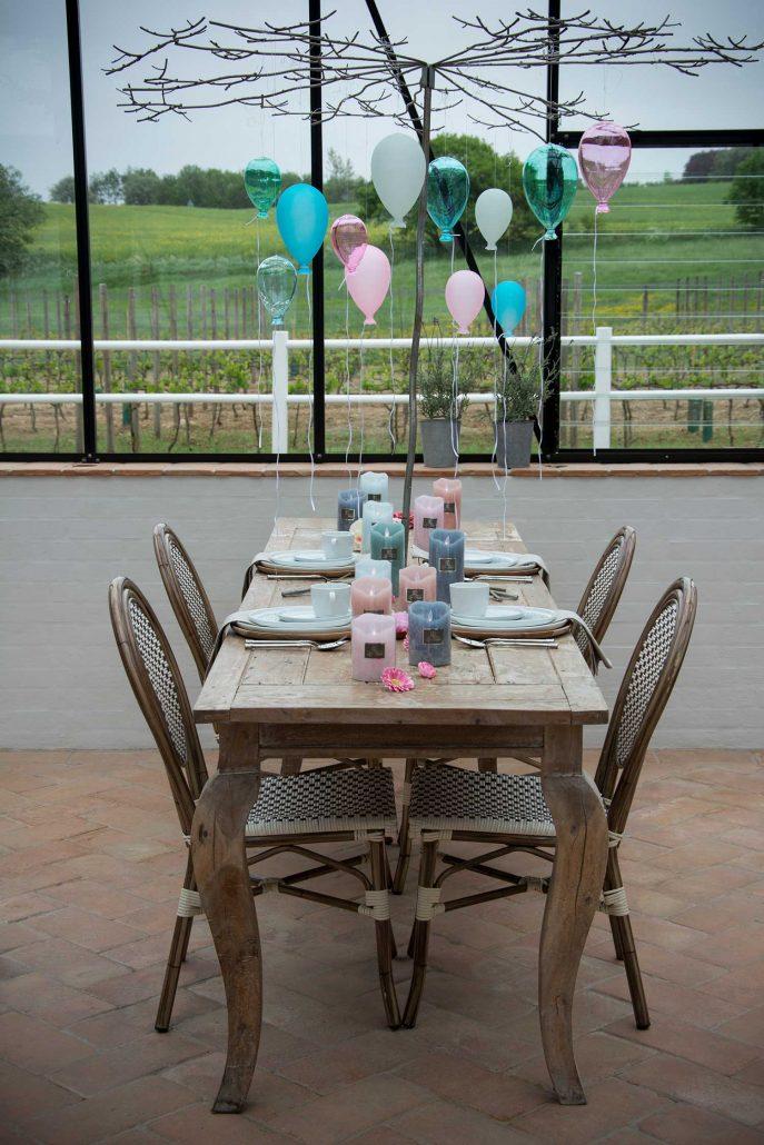 Fødselsdagsbord med balloner