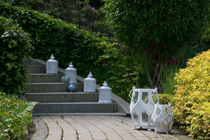 Hvide lanterner til terrassen