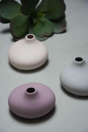 Lille flad keramik vase