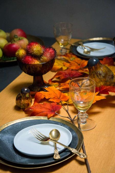 Efterårs bordpynt i orange farver