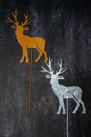 Jern elg. Jern rensdyr. Metal rensdyr på spyd. Pynt til juledekoration. Deko til krukker.