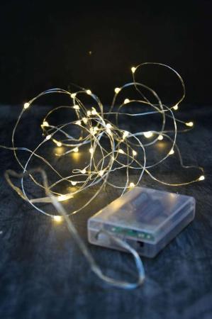 Indendørs lyskæde på ståltråd - til batterier