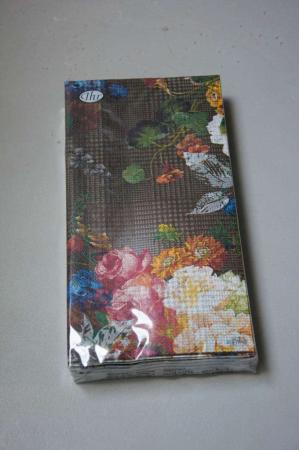Sorte buffetservietter med blomster