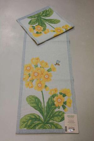 Økologisk bordløber med motiv af forårsblomster - Primula 35x140