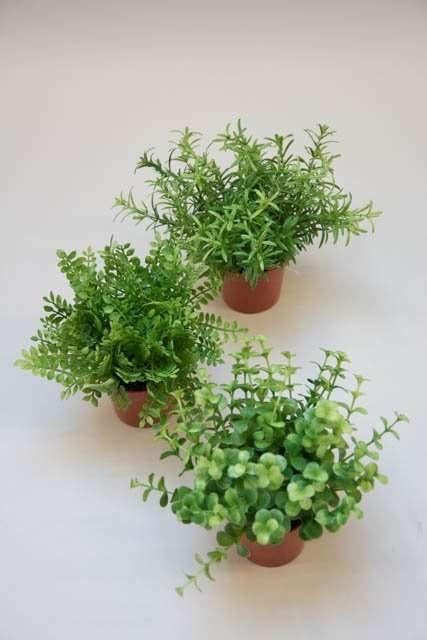 Kunstige grønne planter