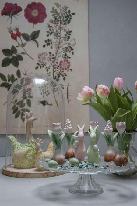 Påskedekoration 2018 - påskeharer og blomsterløg i porcelæn
