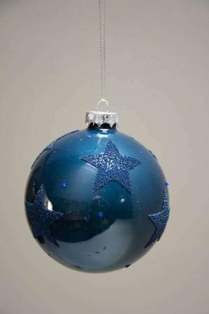 Blå juletræskugle med stjerner