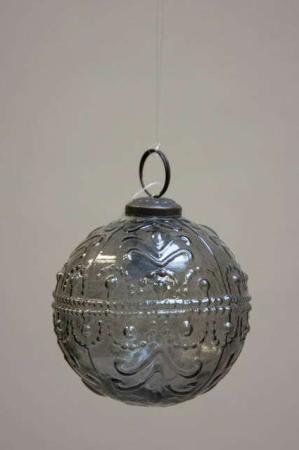 Glas juletræskugle fra ib laursen med svungen mønster - Røgfarvet glas