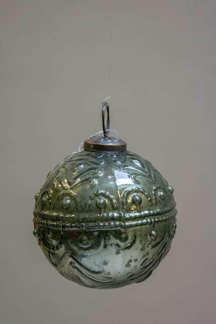 Glas juletræskugle fra ib laursen med svungen mønster - oliven grøn