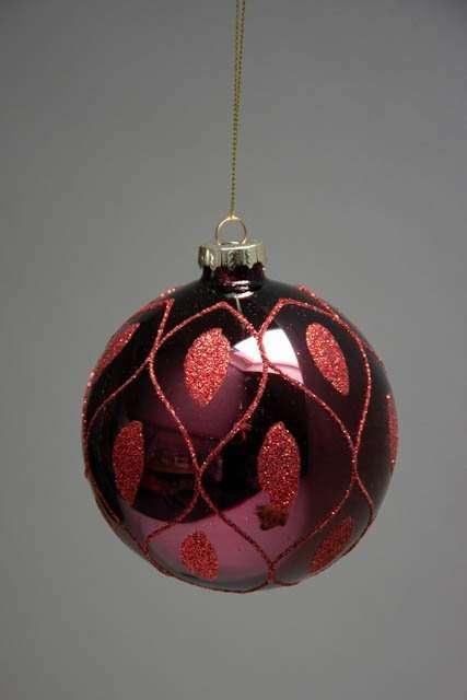 Blank bordeaux juletræskugle af glas med glimmer mønster