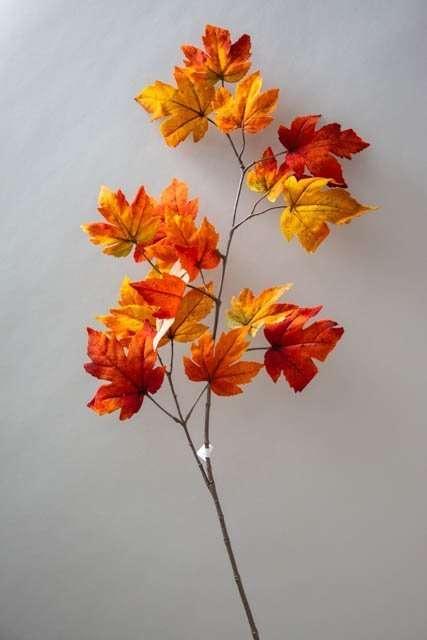 Kunstig gren med efterårsblade - ahorn