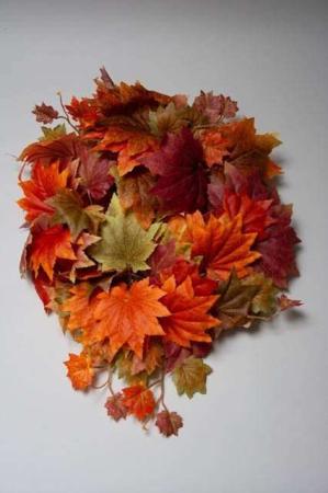 Kunstig ranke af efterårsblade