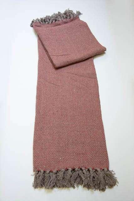 Rødbrun sofa tæppe