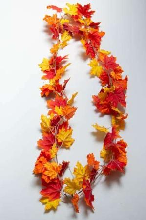 Ranke af kunstige efterårsblade