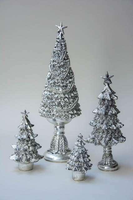 Sølvfarvede juletræer