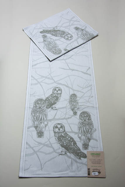 Økologisk bordløber fra Ekelund - ugler - Sitting Owls