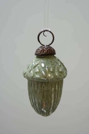 Glas julekugle fra Ib Laursen - grønt agern