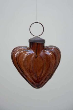 Glas julekugle fra Ib Laursen - ravfarvet hjerte