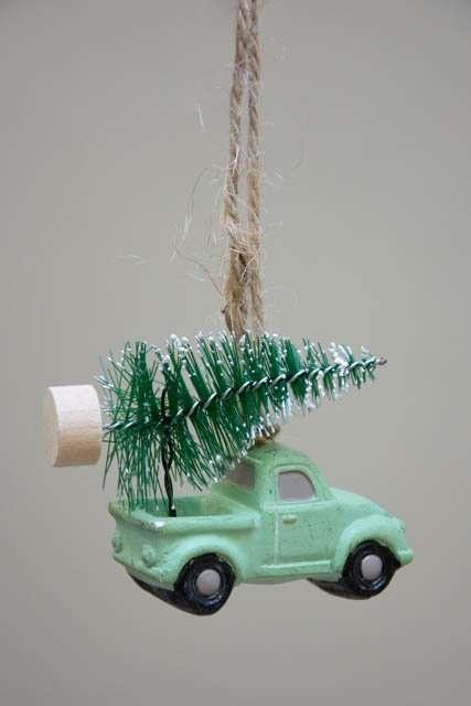 Grøn bil med juletræ - ophæng