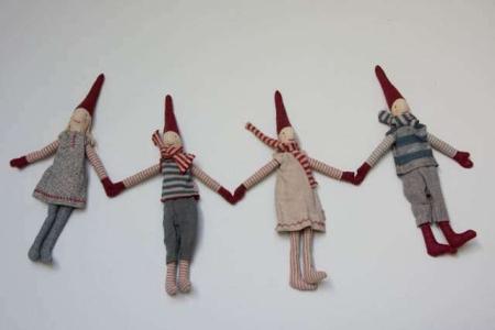 Maileg klatrenisse med magneter i hænder og fødder