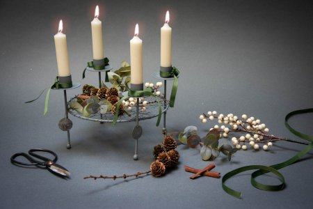 Find inspiration til din adventskrans 2018 - enkel adventsdekoration