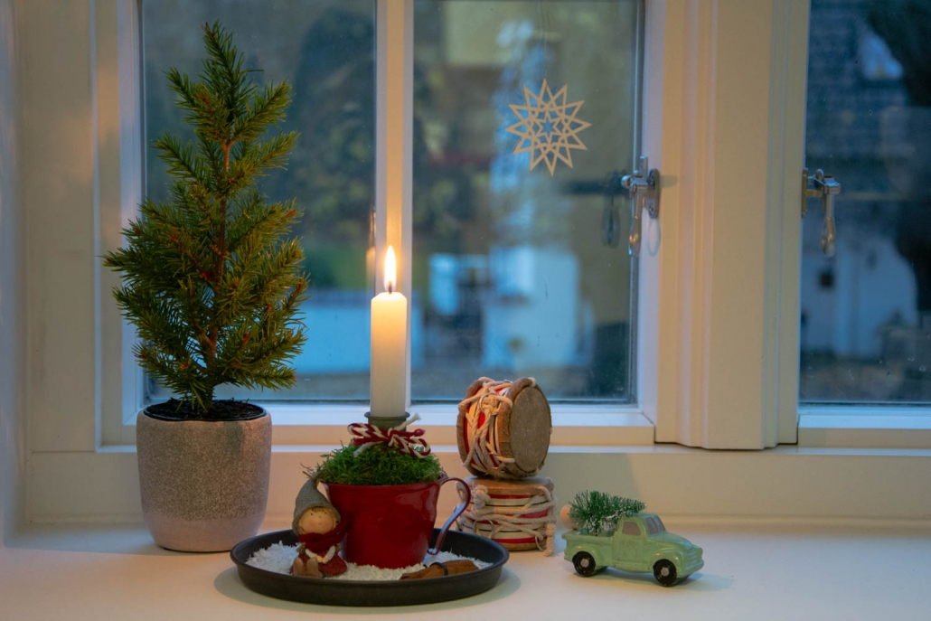 Juledekoration 2018 - lille juledekoration i rød julekop