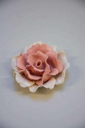 Blomsterhoved i porcelæn lyserød01