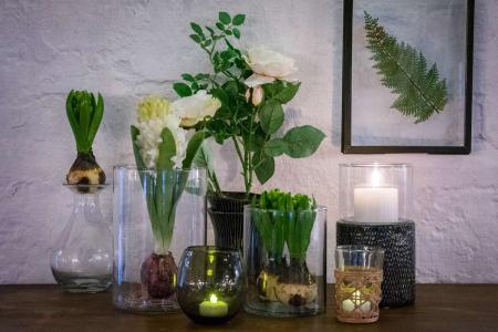 Inspiration til boligindretning med levende lys 2019 - hyacinter