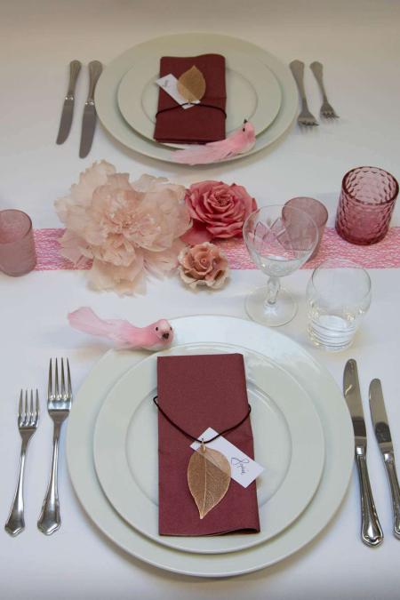 Inspiration til borddækning til konfirmation - lyserød