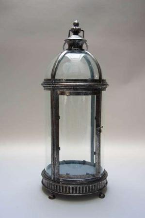 Lanterne med hank. Lanterne til ophæng. Lanterne med glas