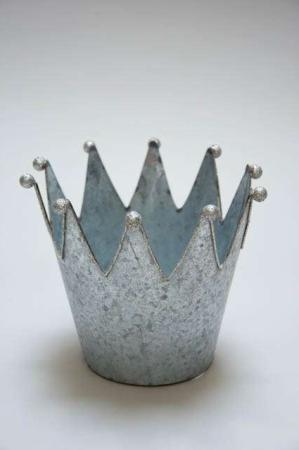 Krone potteskjulere i zink. Pot crown fra 2Have. Prinsessekrone med glimmer potteskjuler i metal.
