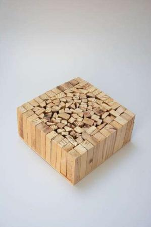 Træblok til dekoration. Træblok til blomster. Dekoblok af træ. Dekorationsblok af træ.